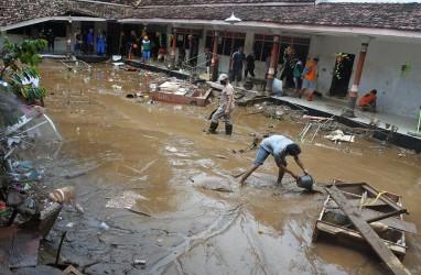 Ribuan Warga Terdampak Banjir di Jember