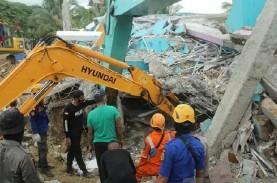 Gempa Majene, Kemenhub: Penerbangan di Mamuju Masih…