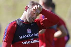 Wayne Rooney Resmi Pensiun dari Lapangan Hijau, Melatih…