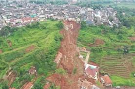 Longsor Sumedang, Korban Tewas Mencapai 25 Orang