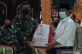Panglima TNI Serahkan Bantuan Presiden untuk Korban…