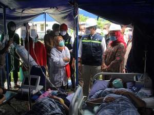 Menkes Budi Gunadi Sadikin Tinjau Penanganan Korban Gempa di Sulawesi Barat