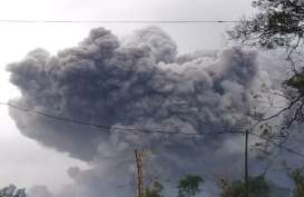 Video dan Foto-foto Awan Panas Gunung Semeru