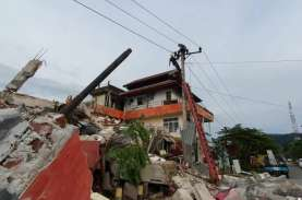 PLN Aktifkan Kembali 528 Gardu Listrik Setelah Gempa…