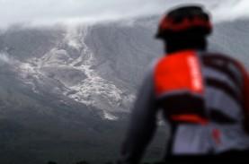 Foto-foto Dampak Hujan Abu Vulkanik Gunung Semeru