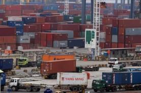 Target Perdagangan Dalam Negeri Ambisius, Realisasi…