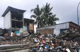 Kemensos Kumpulkan Pengungsi Gempa Sulawesi Barat di Stadion Manakarra, Ini Alasannya!