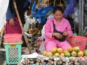 Meski Belum Normal, Aktivitas Pasar Di Kota Mamaju Mulai Terlihat