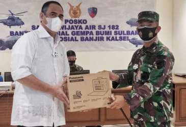 Panasonic Donasikan 400 Unit Emergency Kit ke Mamuju dan Majene