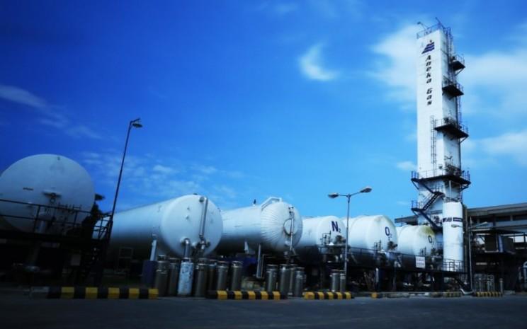 Stasiun pengisian gas milik PT Aneka Gas Industri Tbk. - anekagas.com