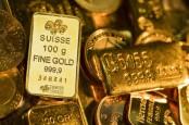Dolar AS Melemah, Harga Emas Menguat Bersama Pasar Saham