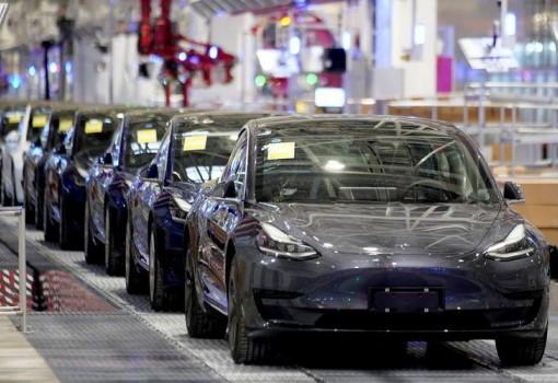 Profil Penambang Logam untuk Tesla : ANTM, TINS Hingga Milik Keponakan Prabowo