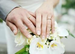 Daftar Tradisi Upacara Pernikahan Aneh di Seluruh Dunia
