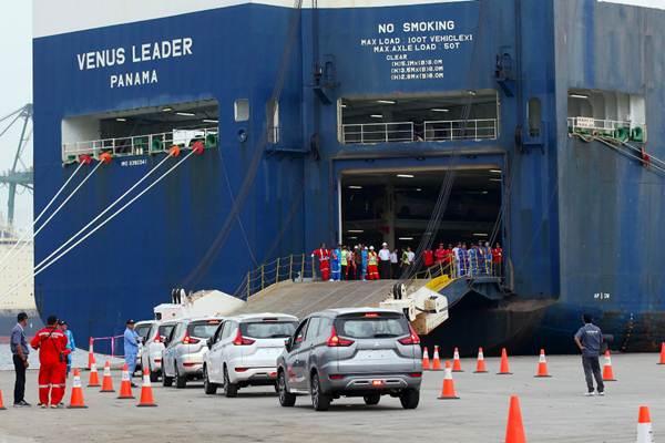Mobil Mitsubishi Xpander yang akan diekspor berada di PT Indonesia Kendaraan Terminal atau IPC Car Terminal, Cilincing, Jakarta, Rabu (25/4/2018). - JIBI/Abdullah Azzam