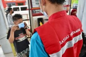 Pertamina Bagikan Masker di SPBU dan Posko Bencana Sulbar, Cegah Cluster Pengungsi