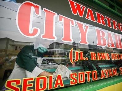 Sebanyak 20.000 Warteg di Jakarta Terancam Gulung Tikar Akibat Pandemi Covid-19