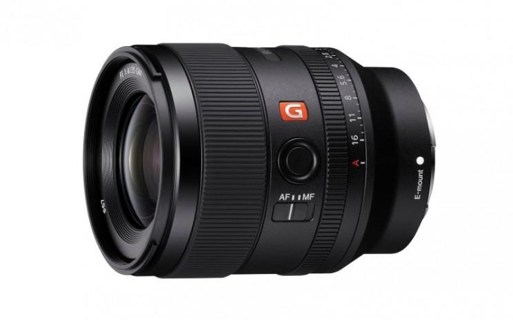 Lensa kamera Sony FE 35mm F1.4 GM. - istimewa