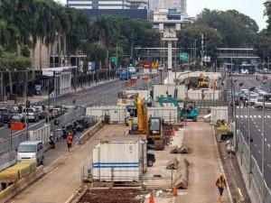 Pembangunan MRT Jakarta Fase II Diprediksi Molor Hingga Agustus 2027
