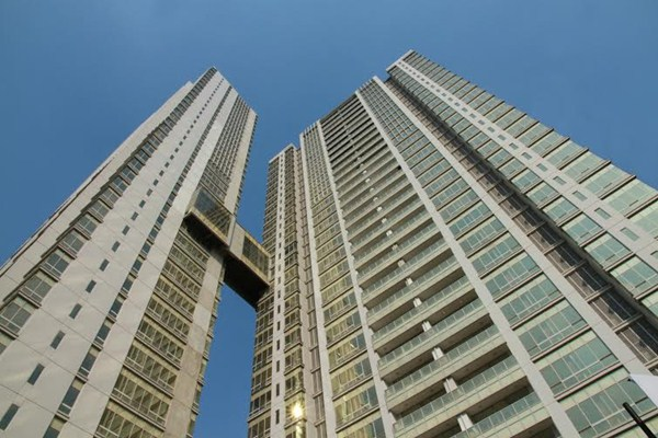 Kondominium mewah The Masterpiece dan The Empyreal di kawasan Rasuna Epicentrum Jakarta. Proyek ini merupakan proyek propert garapan PT Bakrieland Development - Bakrieland