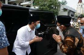 Cek Implementasi Prokes, Wagub Emil Sidak Warung Kopi…