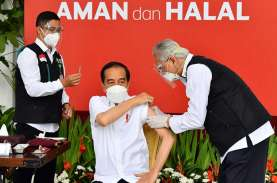 Besok, Jokowi Dijwadalkan Suntik Vaksin Covid-19 Dosis…