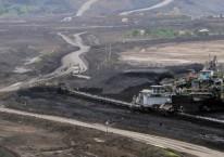 Aktivitas penambangan batu bara di Tambang Air Laya, Tanjung Enim, Sumatra Selatan, Minggu (3/3/2019)./Bisnis-Felix Jody Kinarwan