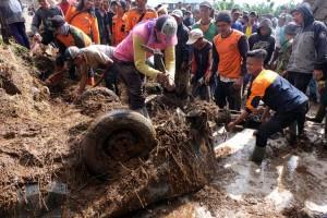 Daerah Lereng Gunung Merbabu Terjadi Bencana Tanah Longsor