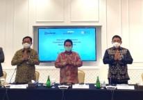 Ketua Tim Project Management Office (PMO) dan juga Wakil Direktur Utama Bank Mandiri Hery Gunardi (tengah) bersama dengan Wakil Direktur Utama BRI Catur Budi Harto (kedua kanan), Direktur Hubungan Kelembagaan BNI Sis Apik Wijayanto (kedua kiri), Direktur Utama Bank BRIsyariah Ngatari (kanan) dan Direktur Bisnis Indonesia Financial Group Pantro Pander (kiri) dalam virtual press conference, Selasa (13/10/2020)./Istimewa