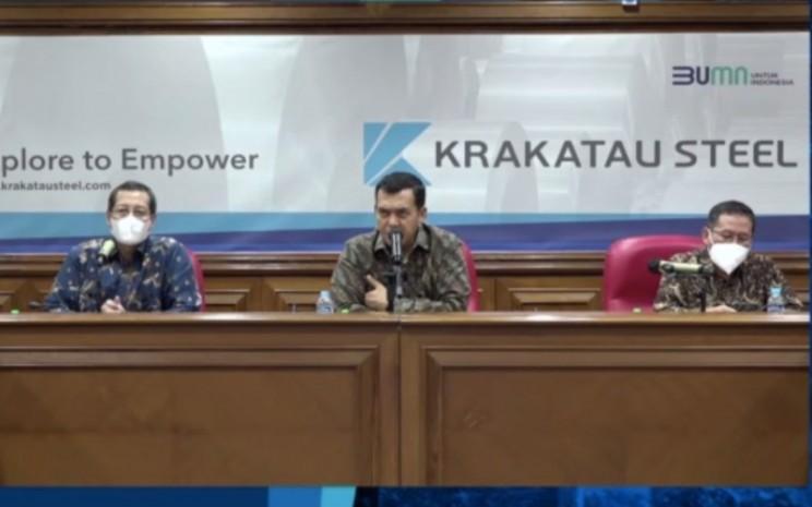 Manajemen PT Krakatau Steel (Persero) Tbk. menyampaikan paparan kinerja perseroan sepanjang 2020 dan rencana yang akan dilakukan pada 2021 dalam paparan publik secara daring, Selasa (29/12 - 2020).