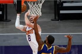 Hasil NBA: Kalahkan Warriors, Suns Akhiri Tiga Kalah…