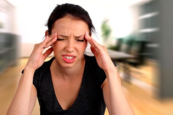 Ilustrasi migrain.  - Healthmeup