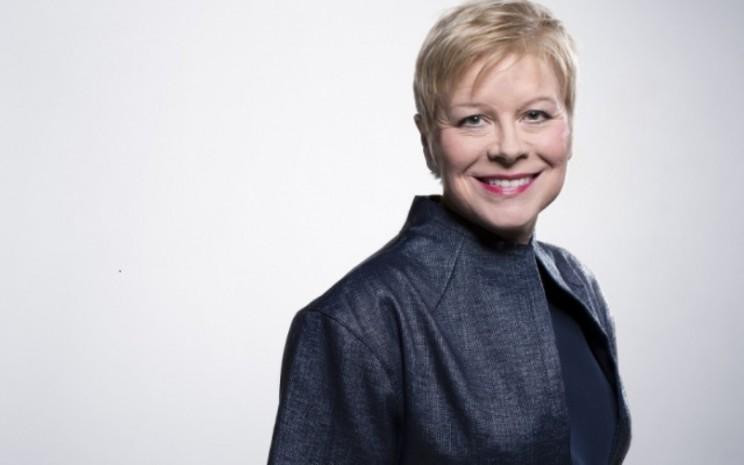 Linda Jackson, lahir di Inggris Raya dan lulus dengan gelar MBA dari University of Warwick, telah menghabiskan seluruh karirnya di industri otomotif.  - Peugeot