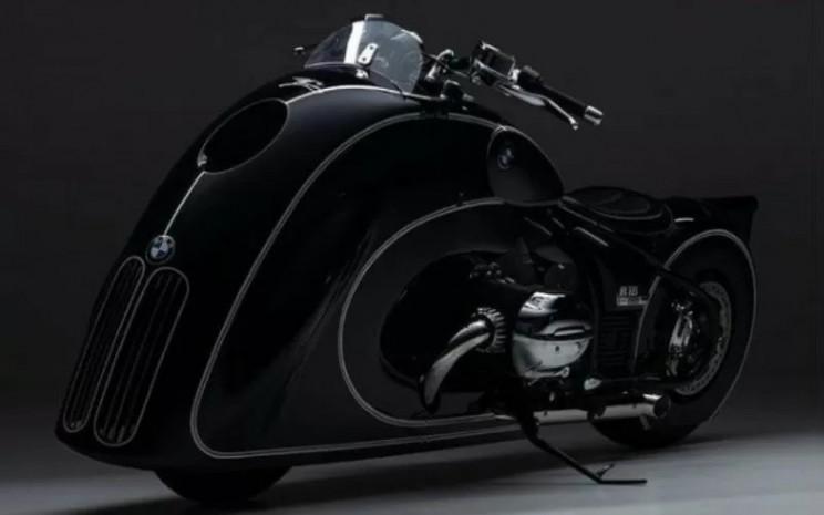 BMW R18 Custom.  - BMW/ANTARA