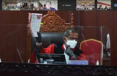 Sengketa Pilkada Surabaya, Hakim MK Minta Penjelasan Keterlibatan Risma