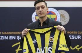Debut Ozil Berbuah Manis, Bawa Fenerbahce Menang di Liga Turki