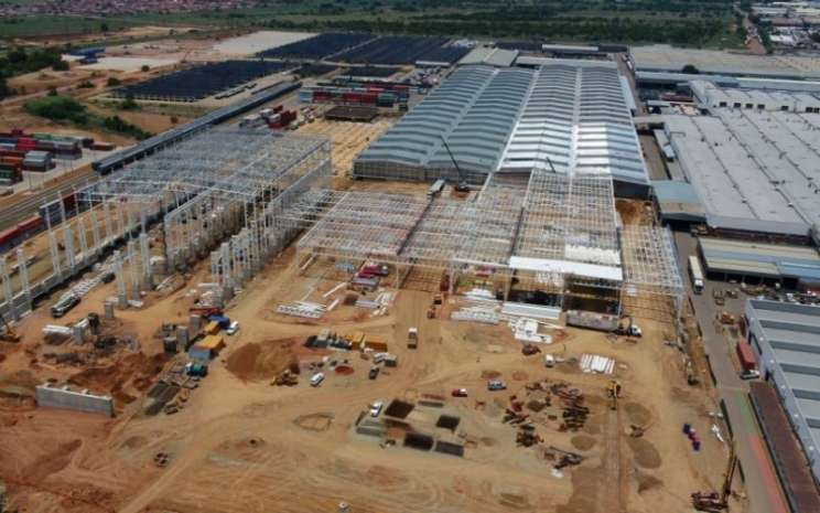 Dengan investasi tersebut, pabrik perakitan Ford Silverton diharapkan menghasilkan pendapatan melebihi 1,1 persen dari produk domestik bruto Afrika Selatan.  - Ford Motor
