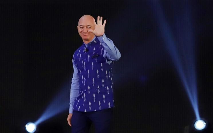 Pendiri dan CEO Amazon.com Inc. Jeff Bezos ketika menghadiri acara Amazon Sambhav di New Delhi, India, Rabu (15/1/2020). - Bloomberg/Anindito Mukherjee