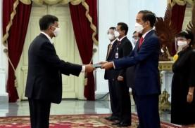 Bertemu Jokowi, Para Dubes Asing Puji Keramahan Masyarakat…
