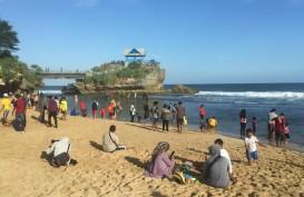 Jumlah Turis Asing Melorot, BPS: Perlu Andalkan Turis Domestik