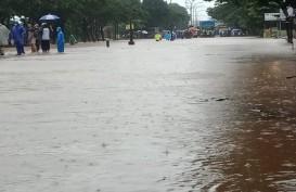 Hujan Semalaman, Jalan Pantura Semarang - Kendal Tergenang Air