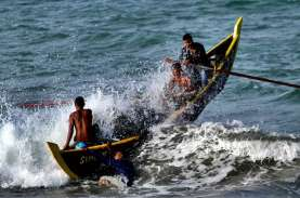 Ada Cuaca Buruk, Nelayan di Perairan Banten Tidak…