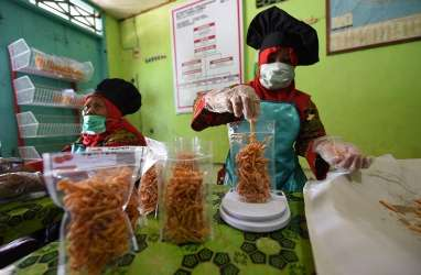 Menkop Dorong Peningkatan Belanja Produk UMKM di Luwu Timur