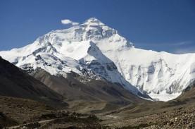 Gletser Himalaya Longsor, 130 Orang Diperkirakan Tewas
