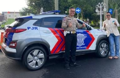 Pertama! Polisi Patwal di Jawa Barat Gunakan Mobil Listrik