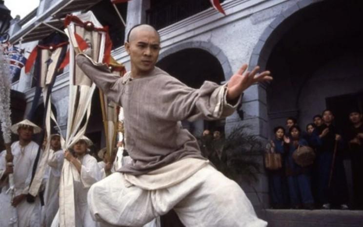 Jet Li berperan sebagai Wong Fei-hung dalam film berjudul Once Upon a Time in China 1992, directed by Tsui Hark. - SCMP