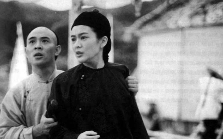 Jet berperan sebagai Wong Fei-hung dan Rosamund Kwan dalam film berjudul Once Upon a Time in China (1991). - SCMP