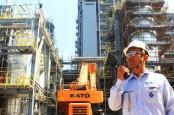 Mega Proyek Petrokimia Terancam, Bagaimana Kinerja Saham Industri Dasar dan Kimia?