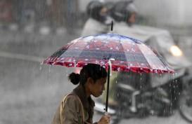 Jakarta Hari Ini Berpotensi Dilanda Hujan Disertai Petir