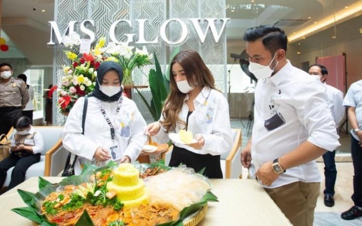 MS Glow