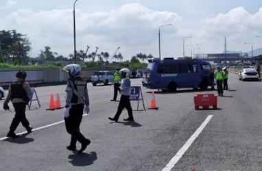 PPKM Mikro, 500 Kendaraan Menuju Kabupaten Bandung Diputar Balik